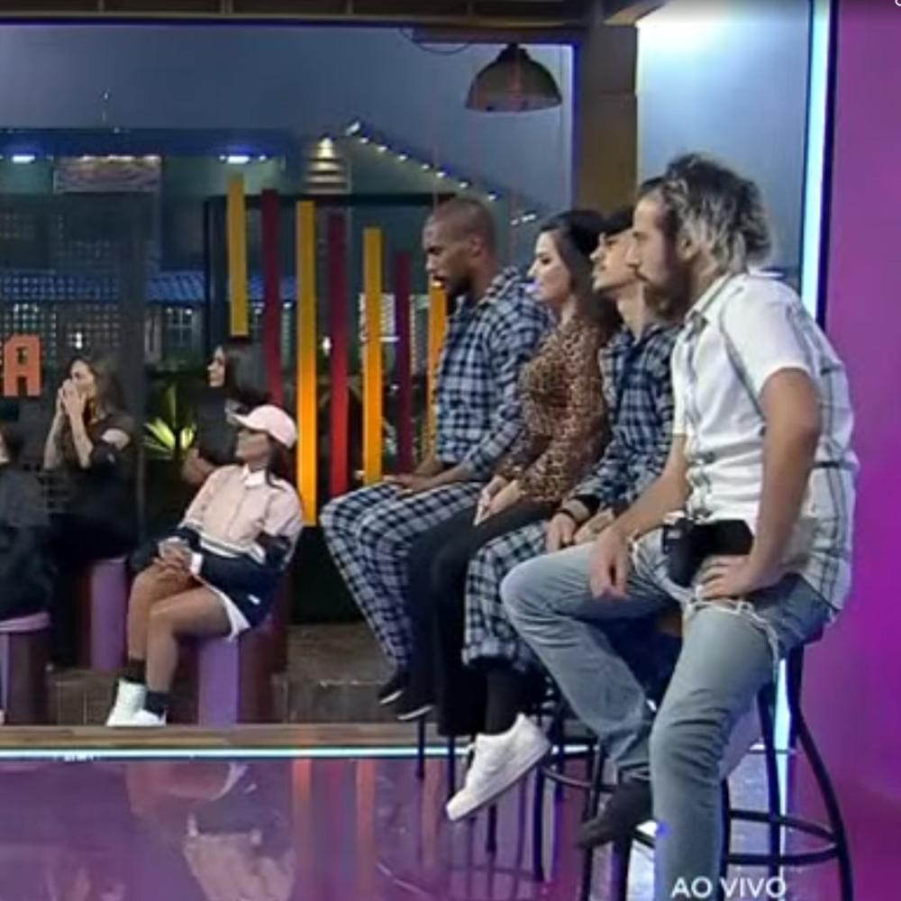 Roça formada antes da decisão de Lipe, com Rodrigo, Raissa, Biel e Cartolouco.