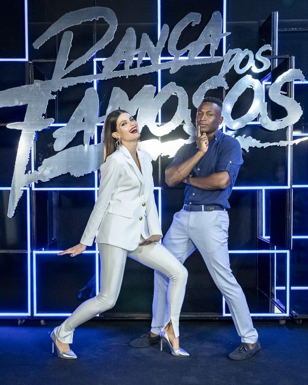Isabeli Fontana e Igor Maximiliano em pose de dança.