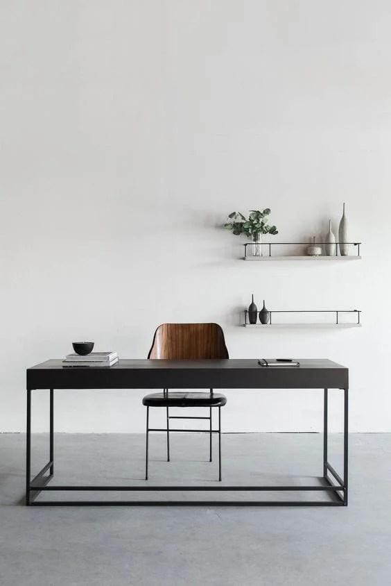 Escritório com decoração minimalista