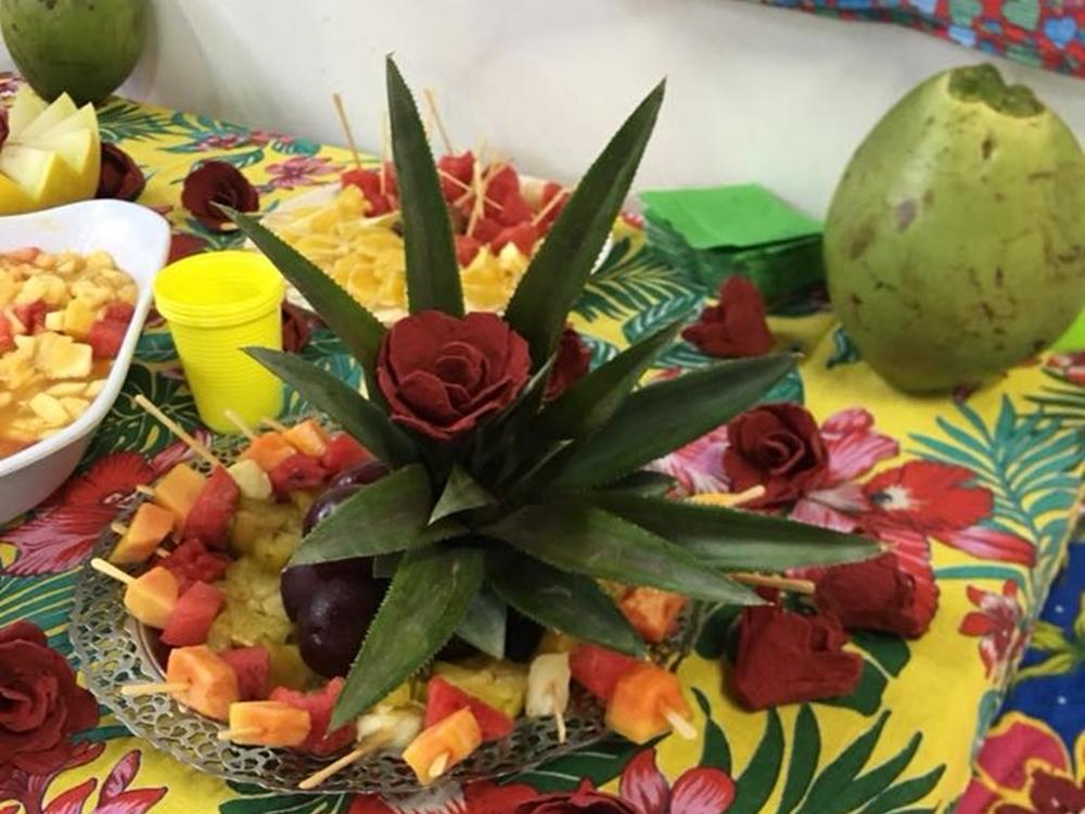 Comida com frutas