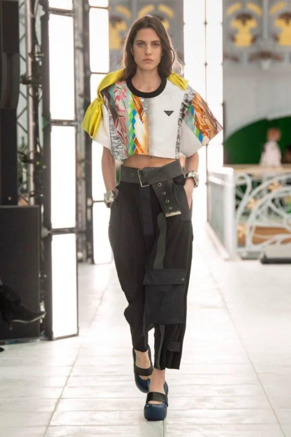 calça feminina 2022 preta cargo