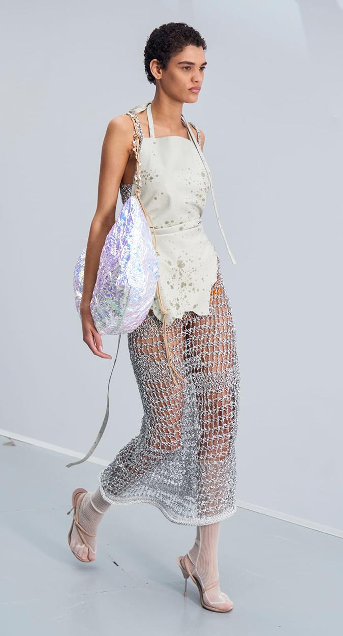 Vestido com redes