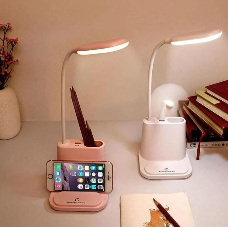 Luminárias branca e rosa