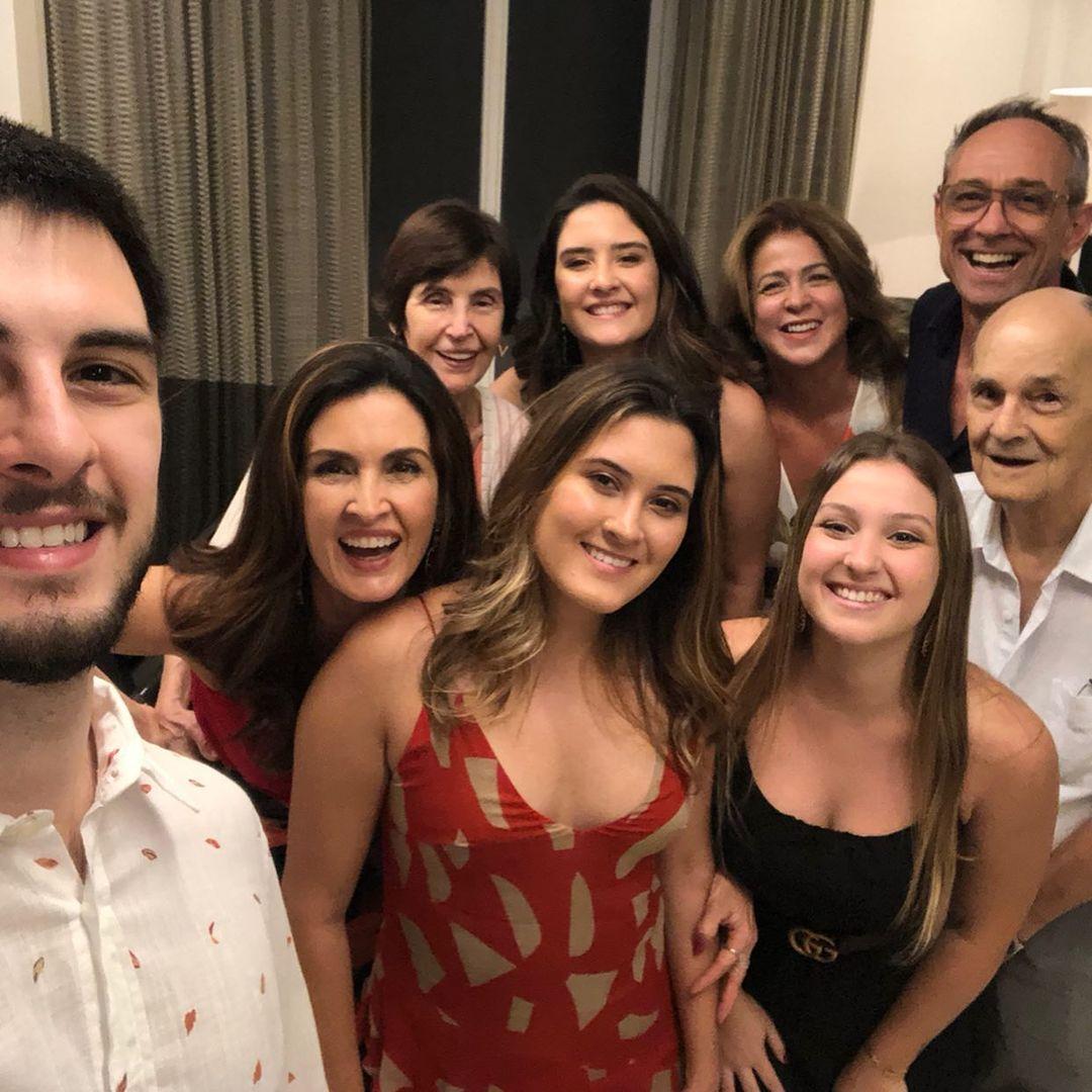 Família da jornalista Bernardes.