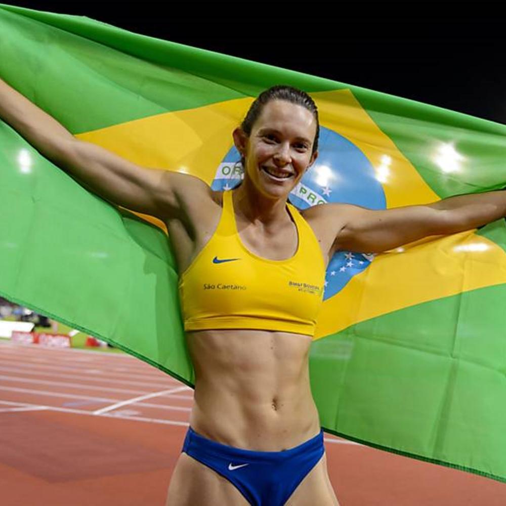 Competidora de salto com vara Fabiana Murer.