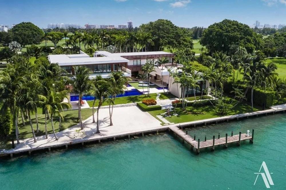 Nova mansão de Gisele e sua família na Flórida.