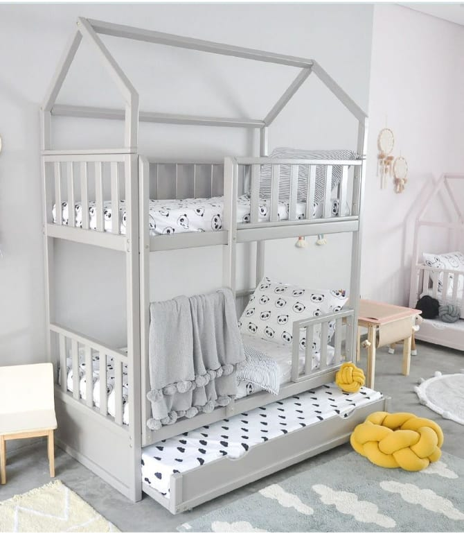 Quarto infantil off white