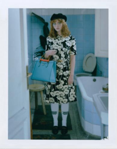 Polaroid look do figurino da série para Gucci Fest