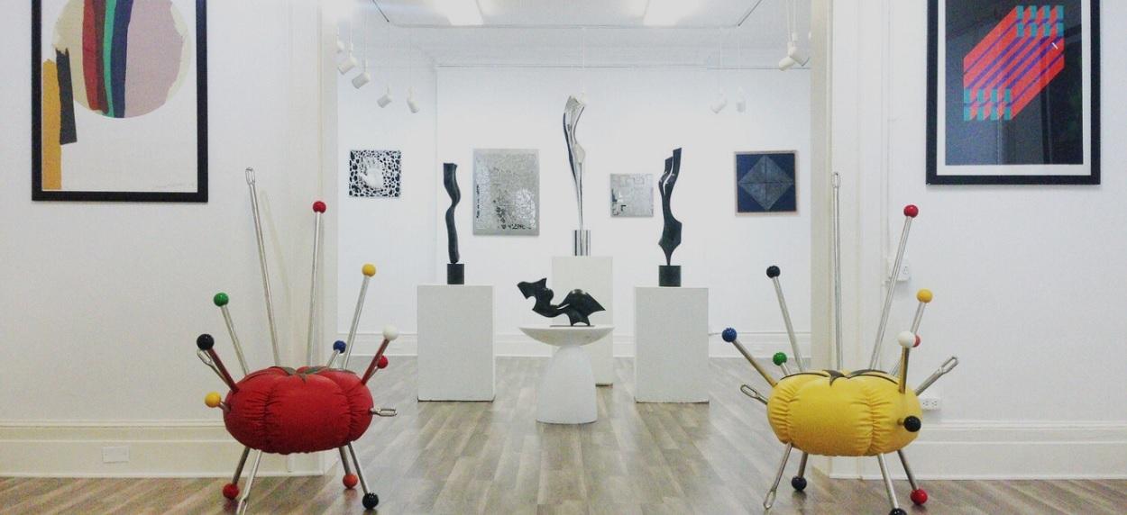 exposição de esculturas na Saphira & Ventura Gallery