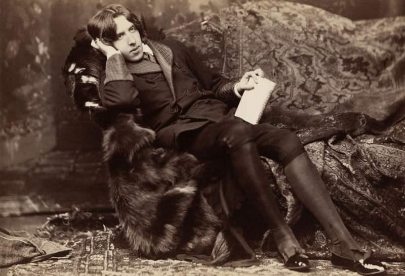 Oscar Wilde, por volta de 1882.