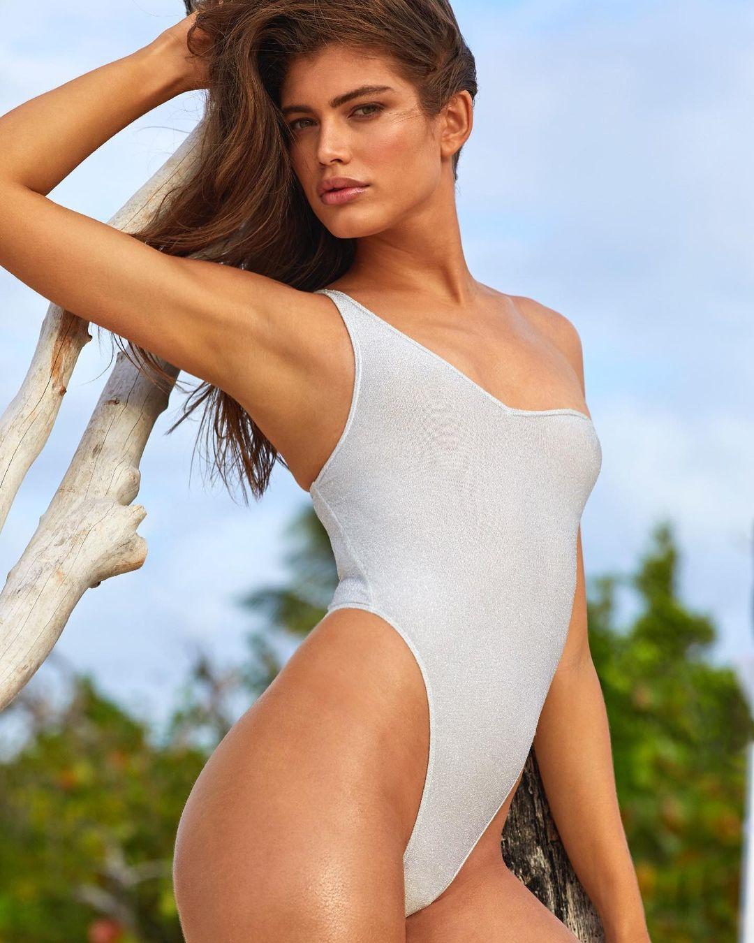 Valentina Sampaio, modelos encantadores.