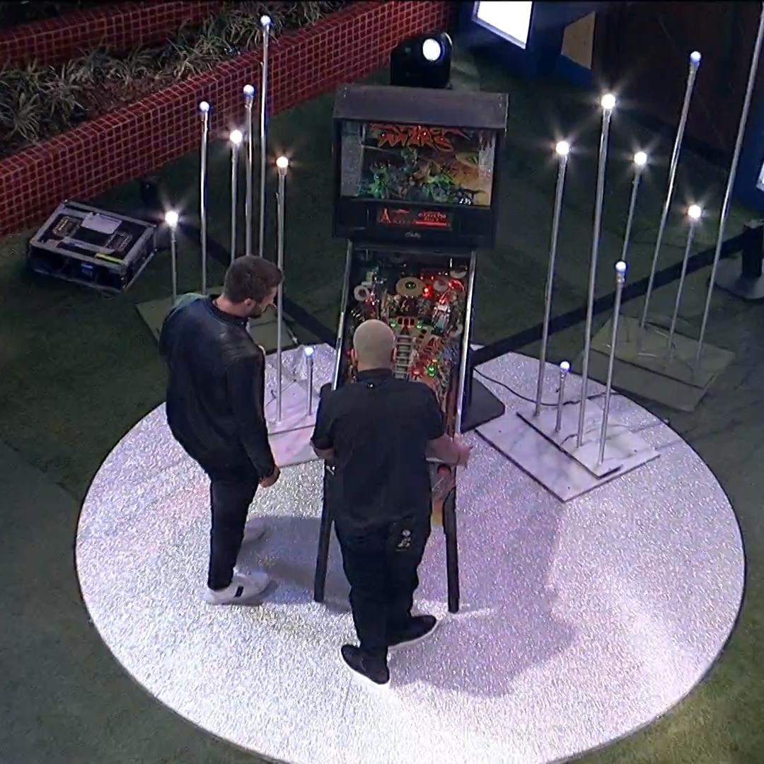 Jogo Pinball no BBB21.