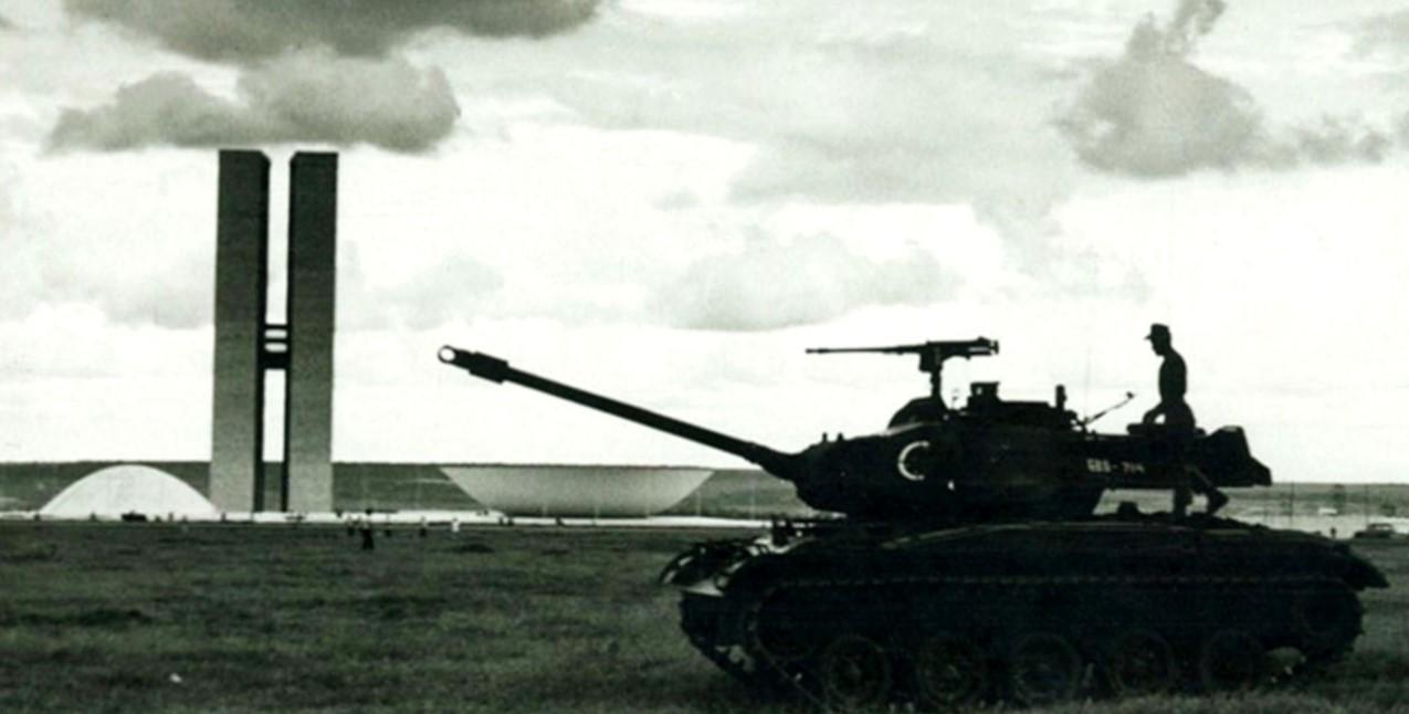 Tomada de Brasília pelos militares.