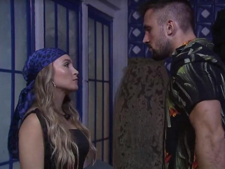 Carla Diaz e Arthur no BBB 21.