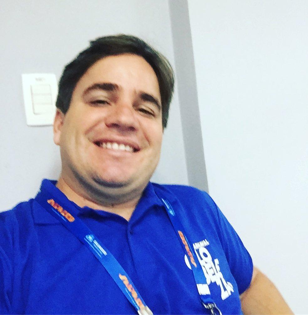 Danilo Ribeiro, jornalista da TV Bahia, filial da Globo.