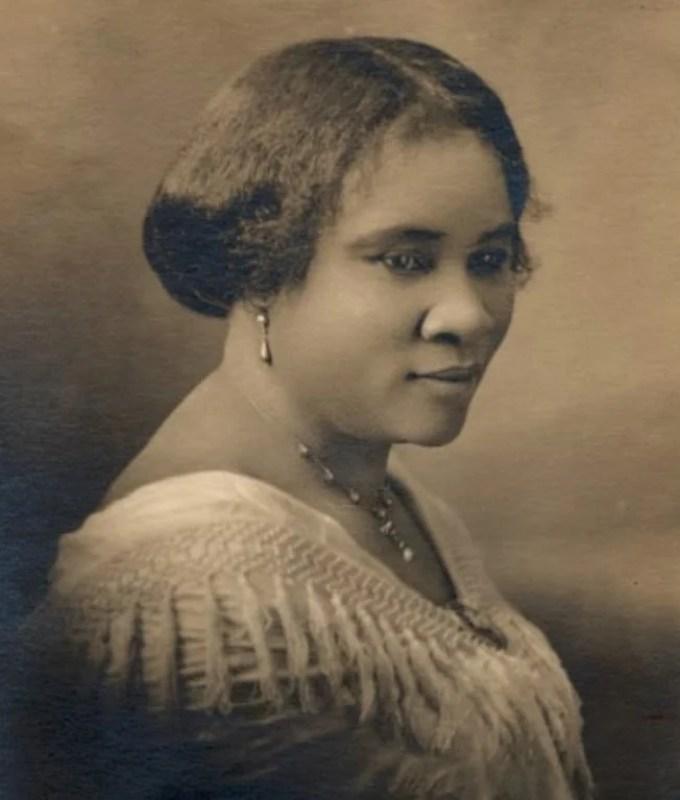 Madam C.J. Walker, entre 1905 e 1919.