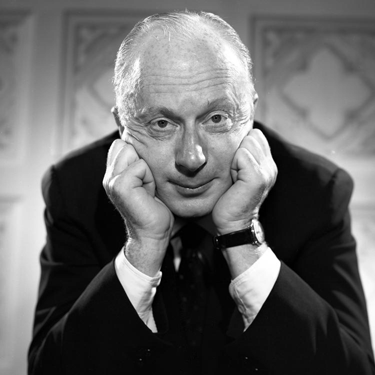 Diretor Norman Lloyd.