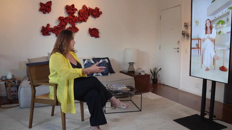 Renata Ceribelli entrevista Ivete Sangalo no Fantástico (imagem: reprodução)