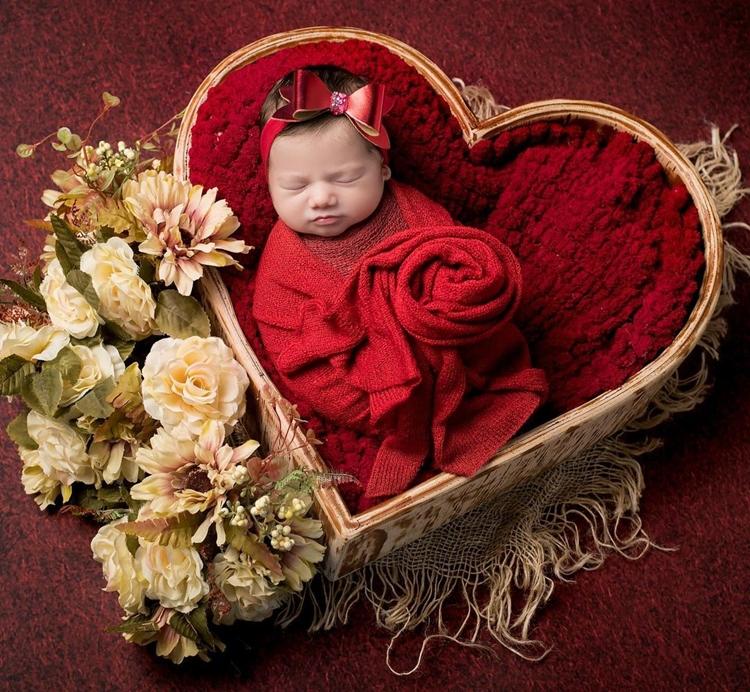 Ensaio newborn de Maria Alice, filha de Virgínia e Zé Felipe.