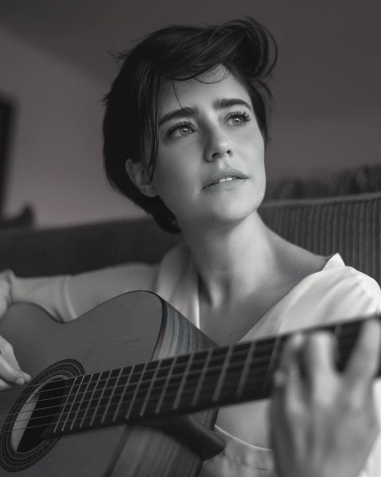 Artista fala sobre maternidade em entrevista para o GShow