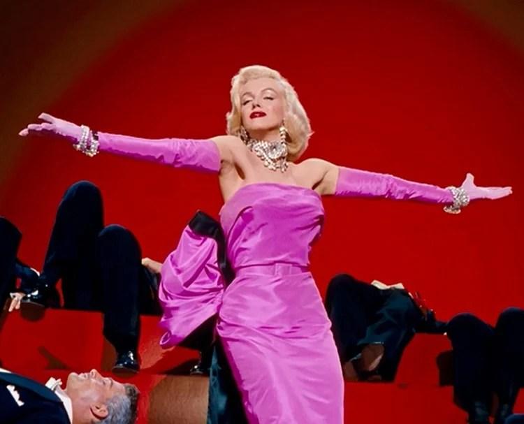 Vestido usado por Marilyn Moore em 'Os Homens Preferem as Loiras', 1953.