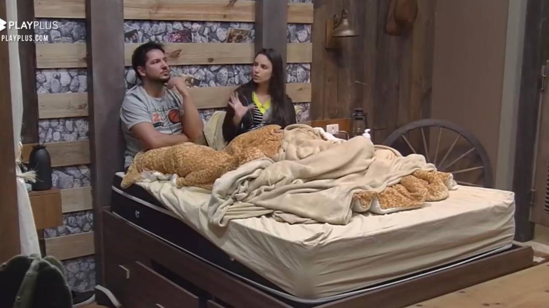 Geórgia e Thiago chegam a uma conclusão que a amizade de Bruno e Deborah pode ser toxica no Power Couple (imagem: reprodução)