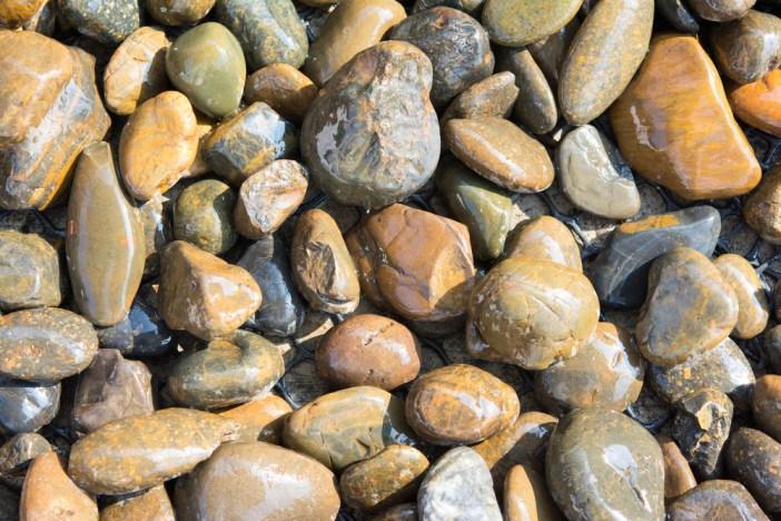 Pedras lisas.