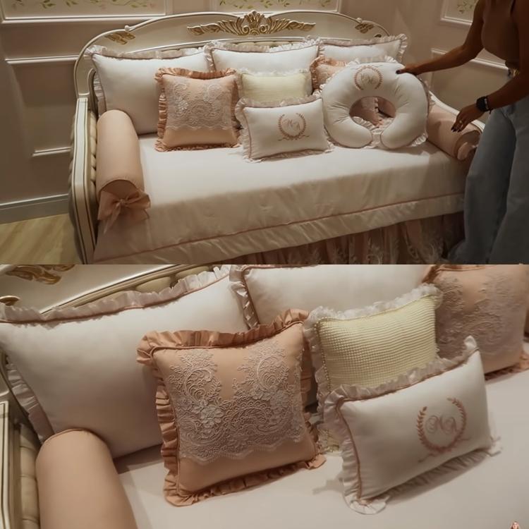 Quartinho da Maria Alice - cama da babá.