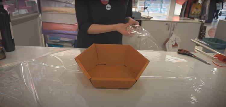 passo a passo de como montar cesta de presente