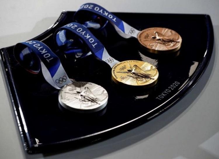 Foto das medalhas.