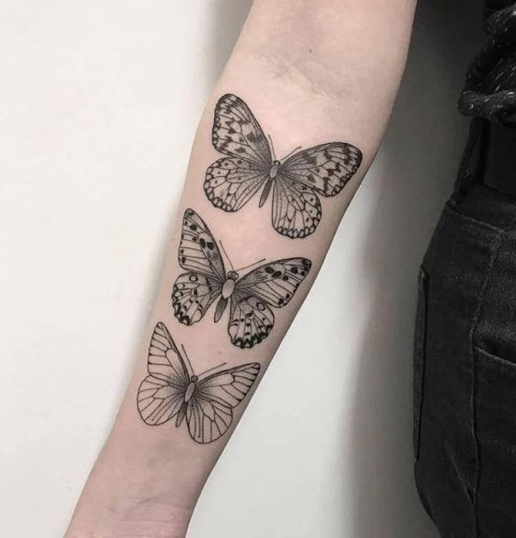 Tatuagem feminina no braço: Borboleta