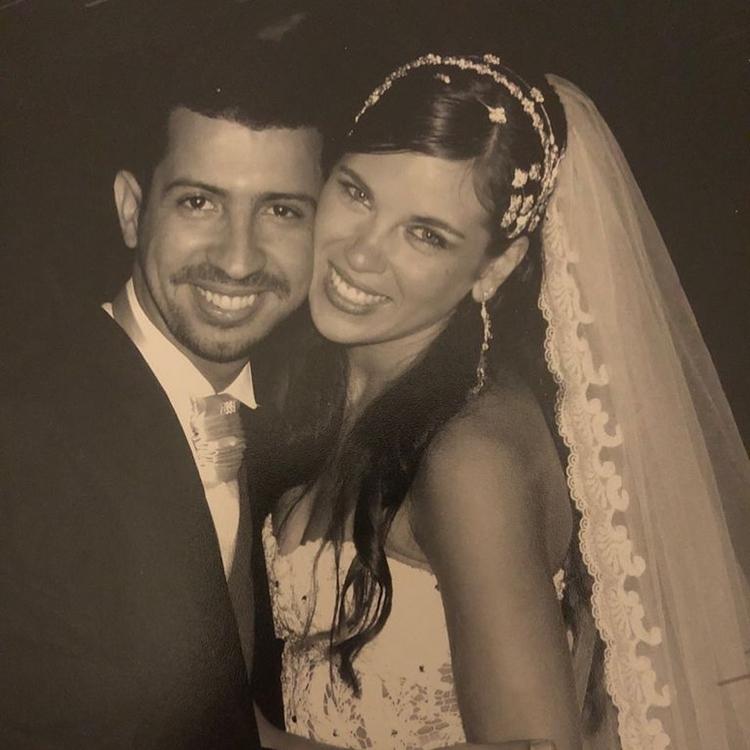 Foto de Dennis Dj e Bárbara Falcão postada no fim do relacionamento.