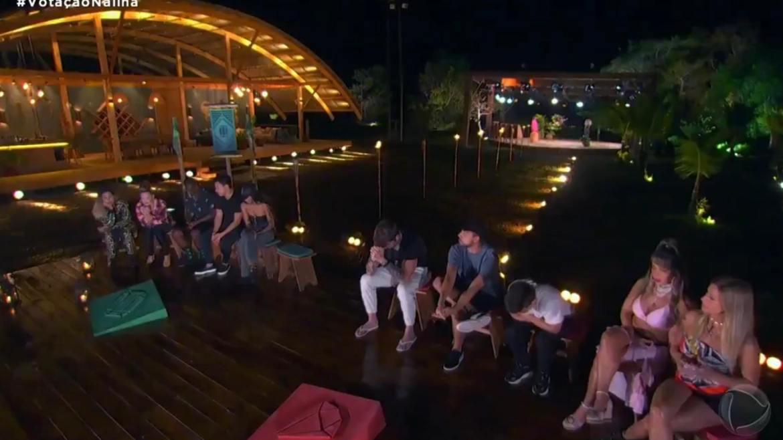 Exploradores ficam tensos em mais uma noite de votação no Ilha Record. Fonte: Reprodução/ Record TV