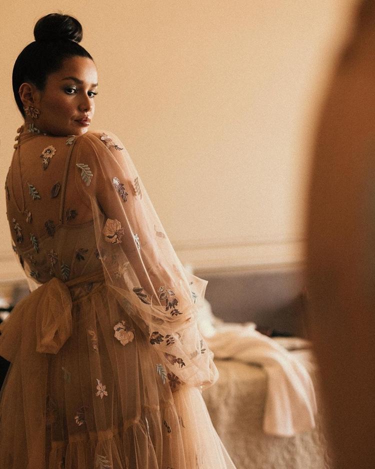 Foto de Juliette com o vestido.
