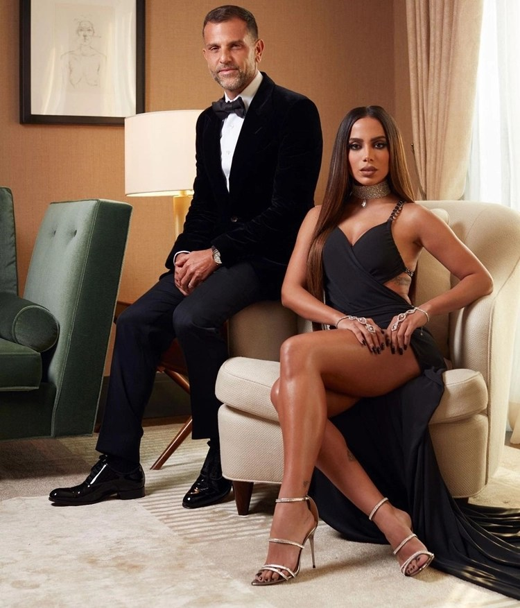 Foto de Alexandre Birmane e Anitta no MET Gala 2021.