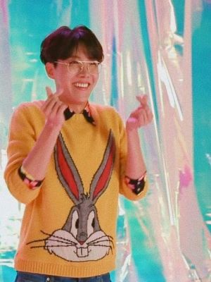 Bugs Bunny Sweater | J-Hope – BTS