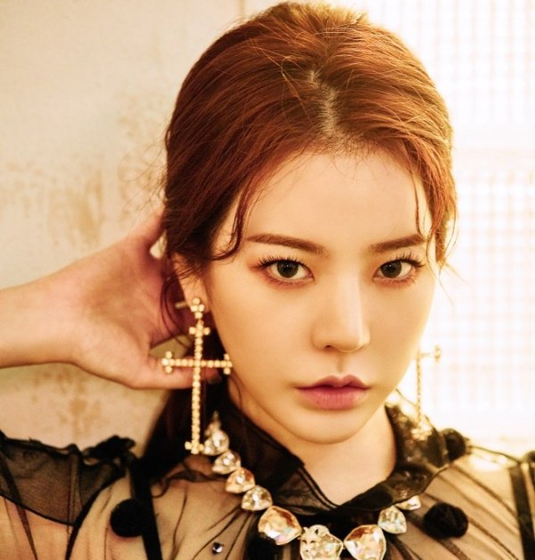 Cross Earrings  | Sunny – Girls Generation