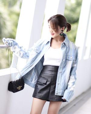 Suga Flower Jeans Jacket-min