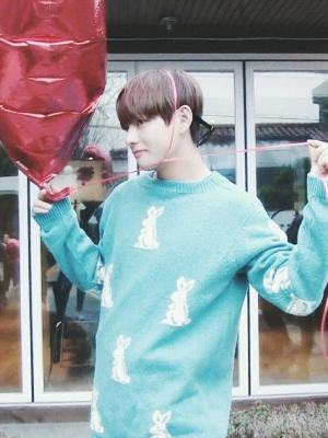 Baby-Blue Rabbit Sweater | Taehyung – BTS