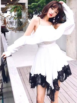 red-velvet-yeri-white-dress-black-lace