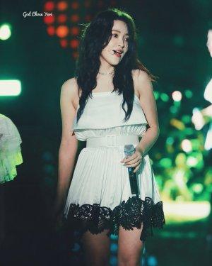 White Dress With Black Lace Trim | Yeri – Red Velvet