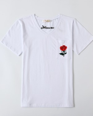 Hyuna Red Rose White T-Shirt (1)