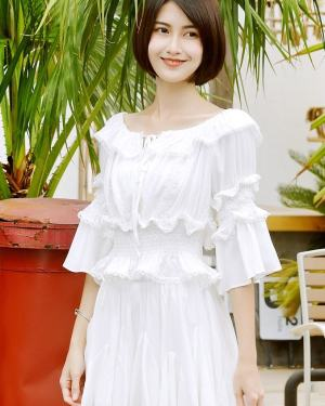 Mina White Lace Blouse and Pleated Skirt Set (4)