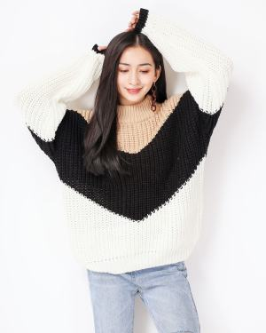 Solar Loose Khaki Black Sweater (9)