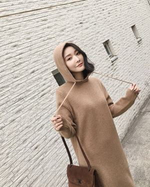 Jennie Autumn Hooded Long Sweater Dress (17)