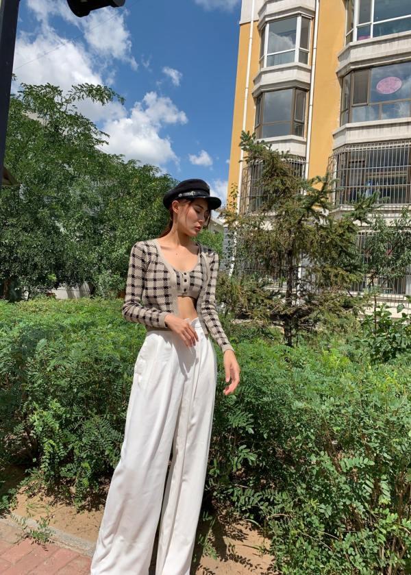 Plaid Button-down Cardigan | Jennie – BlackPink