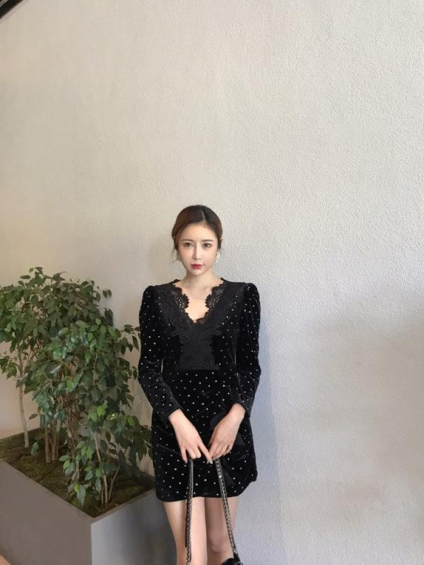 Dotted Black Openwork Lace Dress| Nayeon – Twice