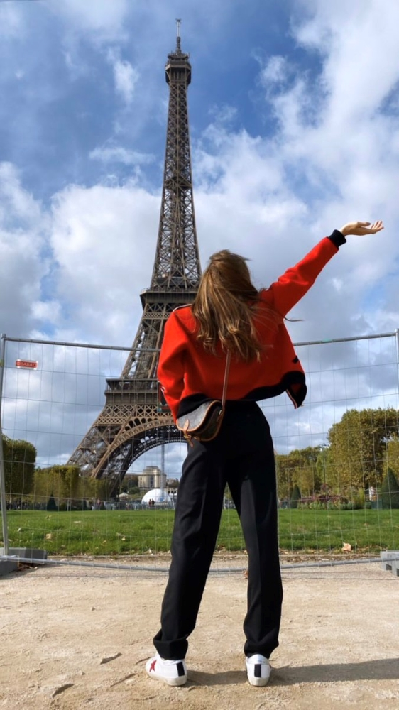 Red Black Buttoned Cardigan | Lisa – BlackPink