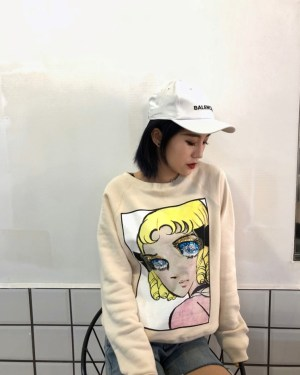 Momo Anime Girl Print Sweater (7)