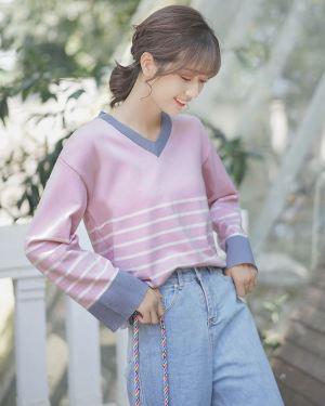 Wide Sleeved V-Neck Sweater